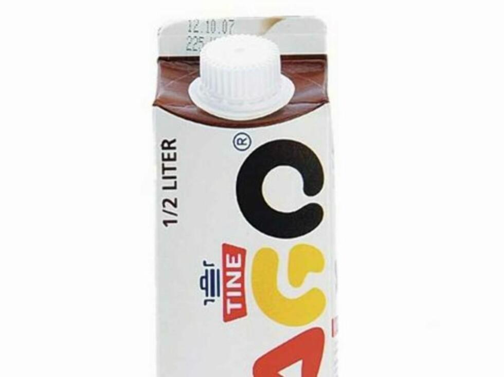LIKE BRA: KK.nos trenings- og kostholdsekspert Ina Garthe sier at sjokolademelk er like bra som en proteinshake etter trening fordi det har den samme aminosyreprofilen.  Foto: Produsenten