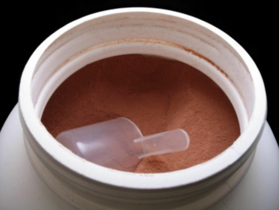 PROTEINDRIKK: Du får dem i ferdigblandet væskeform eller pulver som du selv blander ut i væske, og smaksvariantene er mange.  Foto: ThinkStock