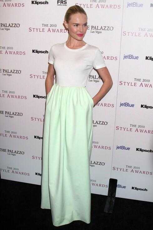 <strong>VINTERENS NYESTE PYNTEPLAGG:</strong> Skuespiller Kate Bosworth i t-skjorte og et mintgrønt maxiskjørt fra Jil Sander.  Foto: All Over Press