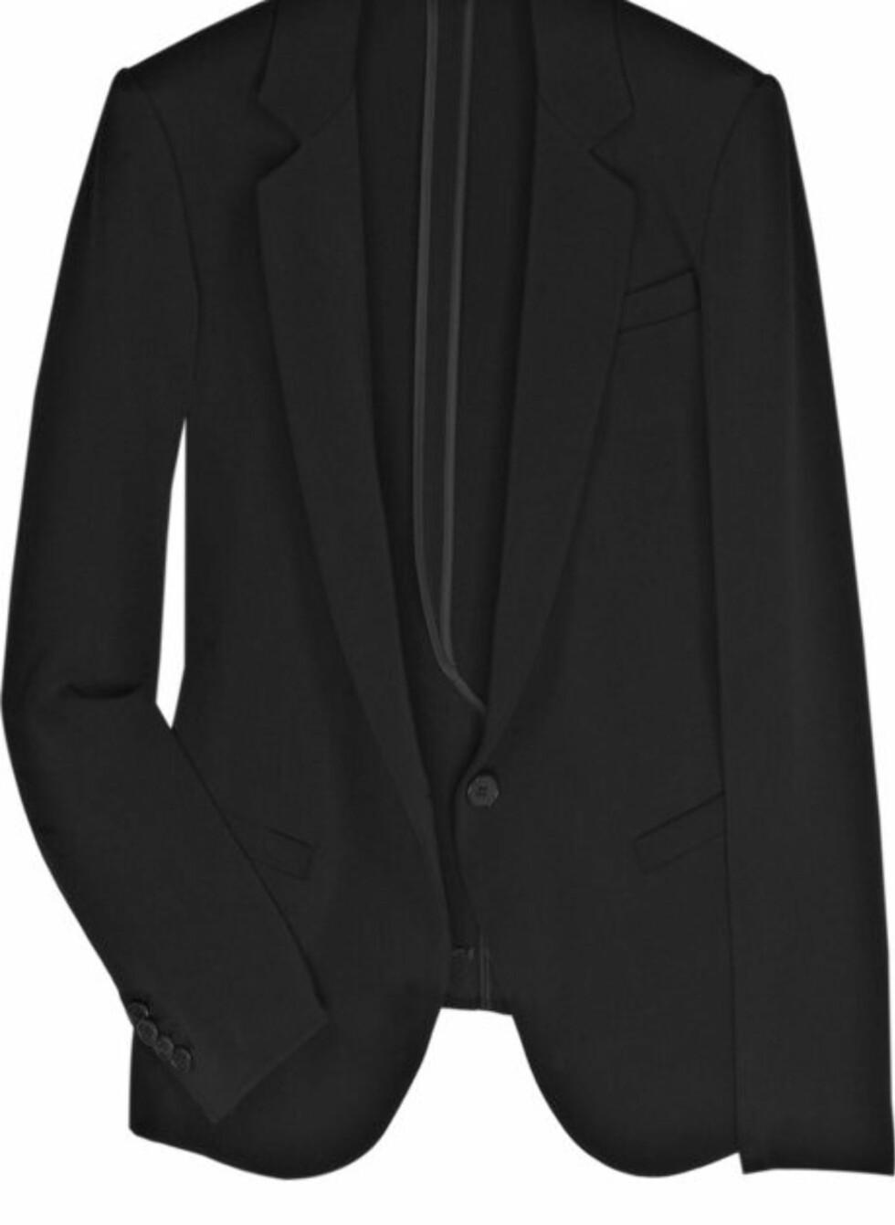 SPAR 2580 KRONER: Svart elegant dressjakke (cirka kr 1120, Theory/Theoutnet.com).