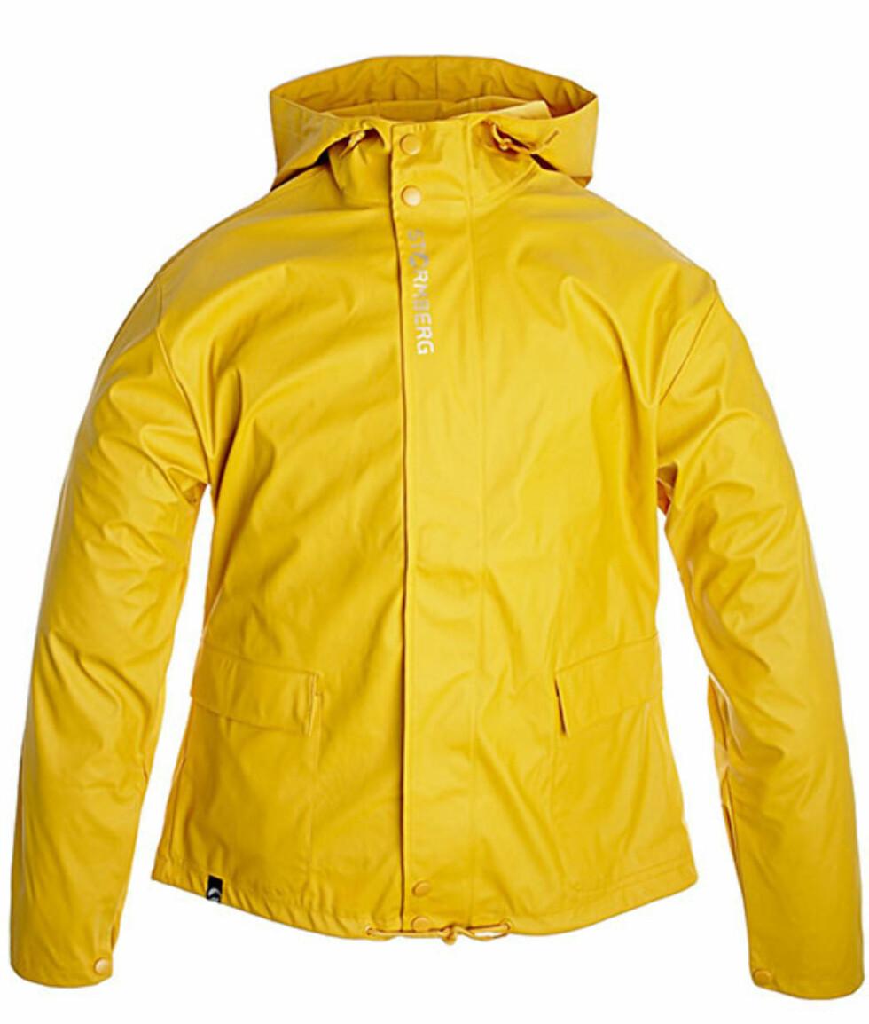 Husker du barndommens gule regnjakke? Retromodell fra Stormberg (kr.199/Stormberg.no). Foto: Produsenten