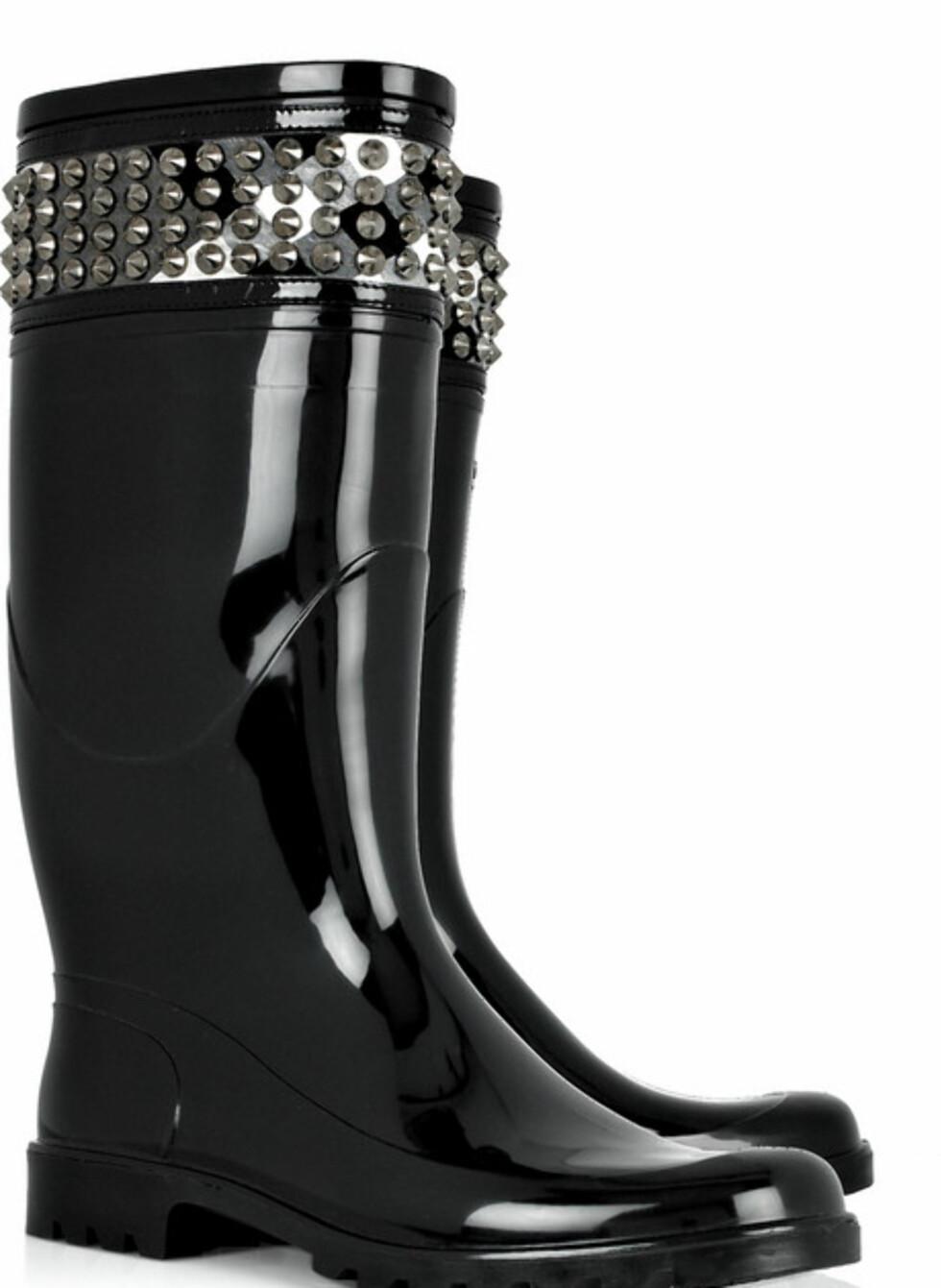 Til den som har råd, Burberry-støvler med nagler (ca kr.2285/Net-a-porter.com). Foto: Produsenten