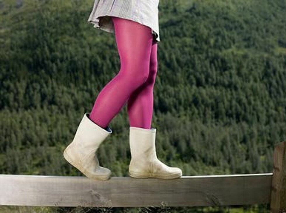 KORTERE BEIN, HØYERE FORBRENNING: Ettersom korte personer har kortere bein, må de ta flere steg enn de med lengre bein. Dette krever mer av kroppen, som dermed bruker mer energi.  Foto: Image SourceAll Over Press