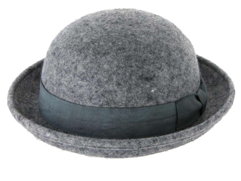 Bowler i grå filt (cirka kr.170/Asos.com). Foto: asos.com