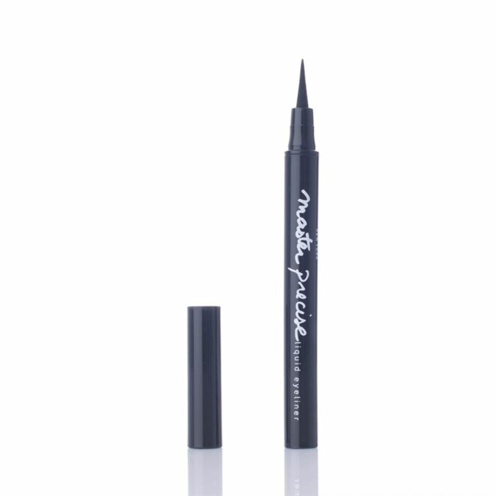 Master Precise Eyeliner fra Maybelline har fått 4,6 av 5 mulige stjerner og er en stor favoritt blant de 22 kvinnene som har anmeldt produktet.  Foto: Vita