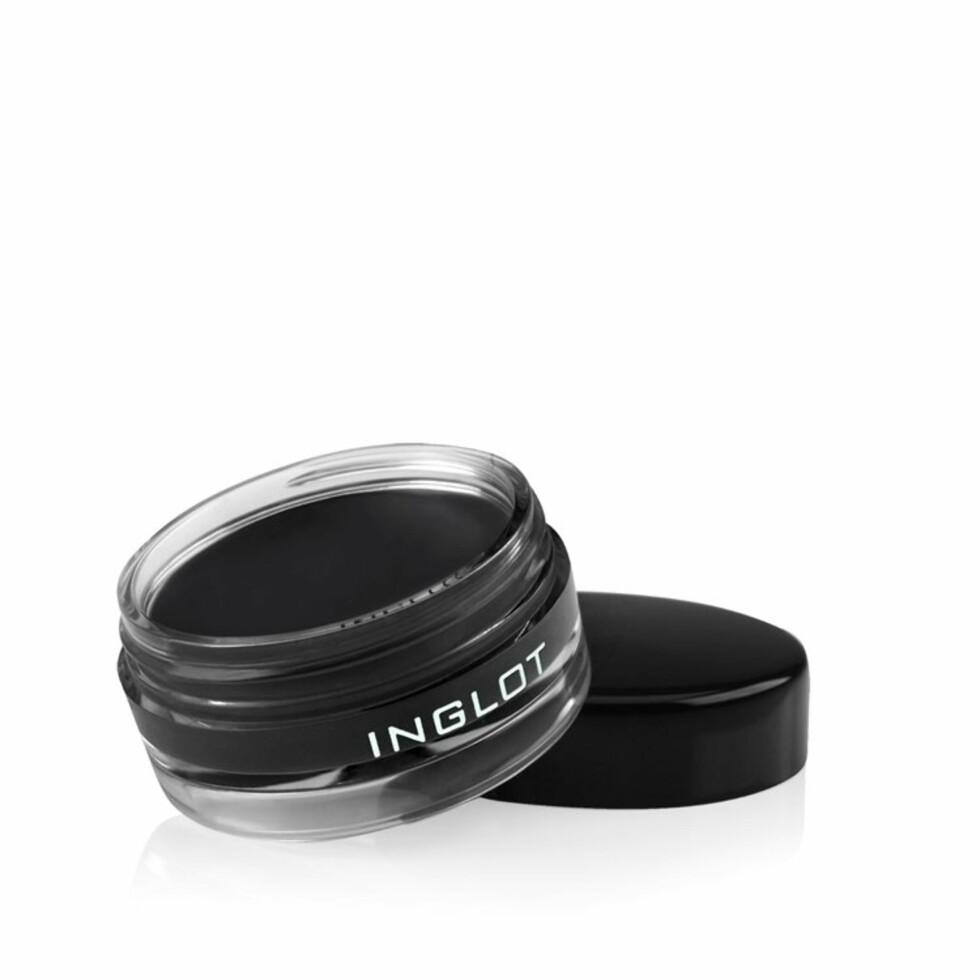 Eyelineren fra Inglot er en stor favoritt og kvinnene som har anmeldt produktet, roser den opp i skyene for sin fine, sorte farge og lange holdbarhet Foto: Inglot