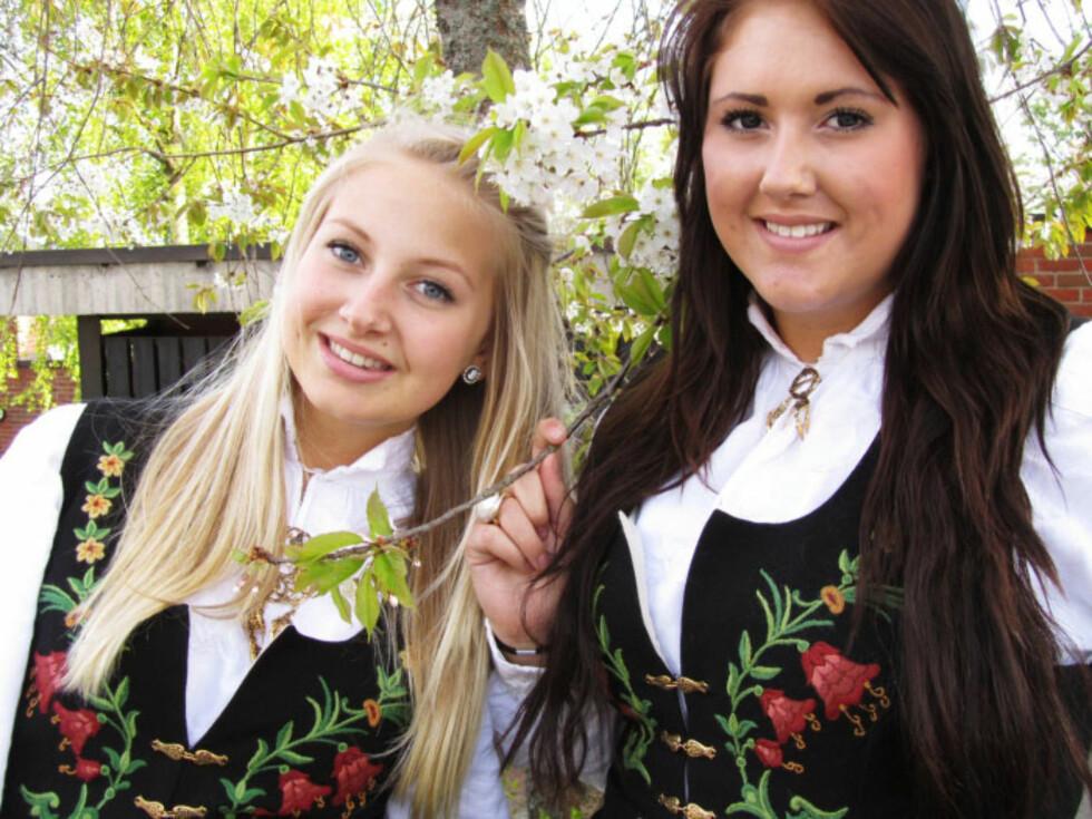 NÆRE SØSTRE: Cathrine (til venstre) og lillesøster Elisabeth fulgte hverandre i ett og alt. Foto: Privat
