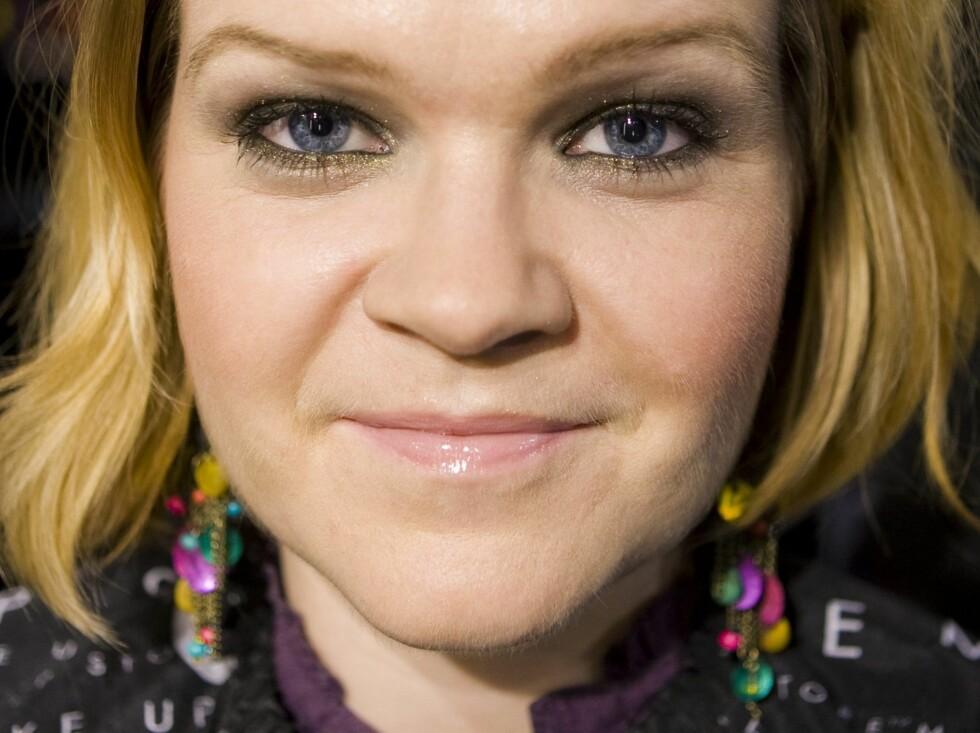 Gulltoner framhever spesielt blå øyne, men også andre øyefarger stråler med en sota look. Foto: Per Ervland