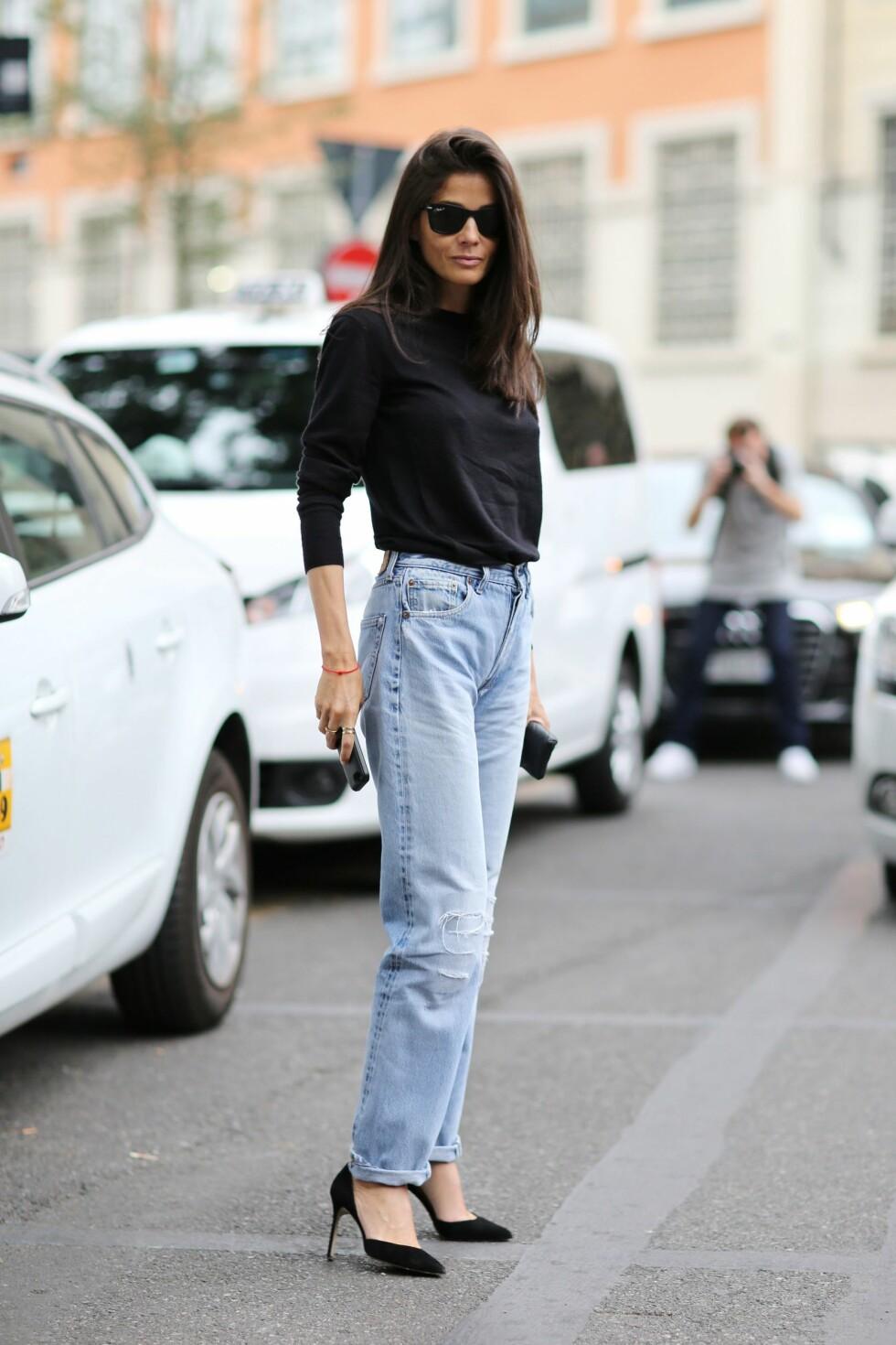 SORTE DETALJER: Kombiner jeansene med sort tilbehør! Foto: Silvia Olsen/REX/All Over Press