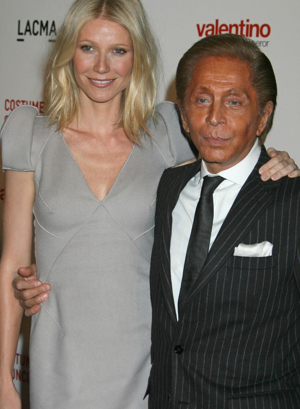 Gwyneth Paltrows naturlige teint understreker Valentinos karnevalssminke. Foto: All Over Press