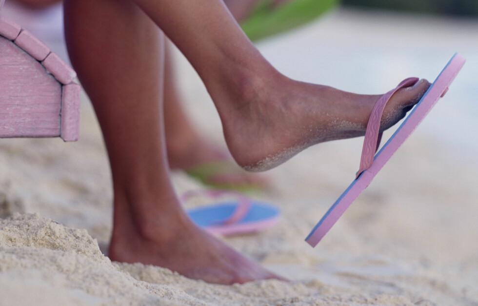 KIPP-KIPP: Flip-flops er de aller enkleste strandskoene, men det finnes også andre alternativer. Se 57 ulike kjøpetips lenger ned i saken.  Foto: Getty Images
