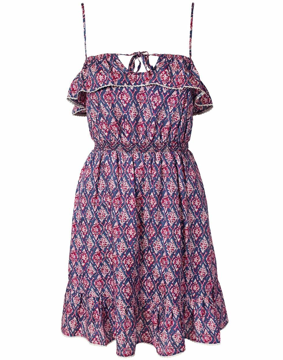 Romantisk mønstret kjole (1095 kroner, Pepe Jeans).  Foto: Produsenten