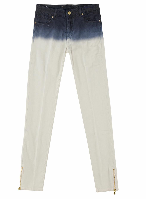 Jeans med batikkmønster øverst på buksa. (Kr.559) Foto: Zara