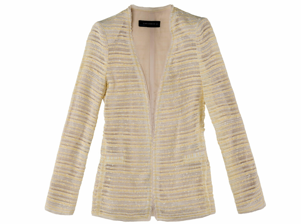 Lys, stripete blazer (Kr.1159) Foto: Zara