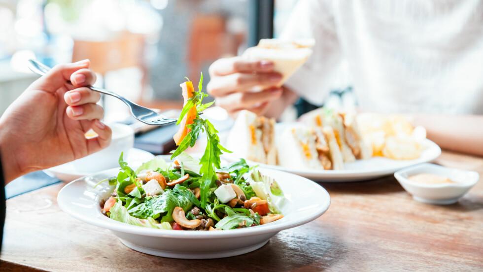 ANTALL MÅLTIDER: Er det best å spise mange små måltider eller noen store?  Foto: NTB Scanpix