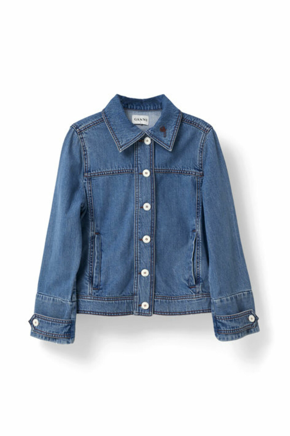 Denimjakke fra Ganni | kr 1469 | http://www.ganni.com/shop/coats-and-jackets/benedict-denim-jacket/F1736.html?dwvar_F1736_color=Denim