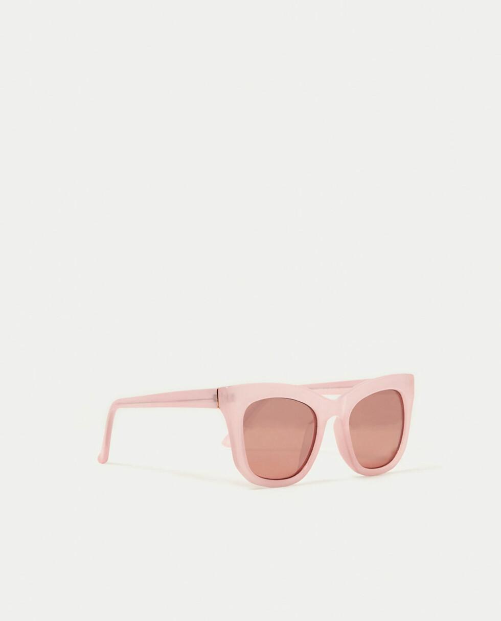 Solbriller fra Zara   kr 169   https://www.zara.com/no/no/dame/tilbeh%C3%B8r/se-alle/soft-tones-briller-c719013p4661766.html