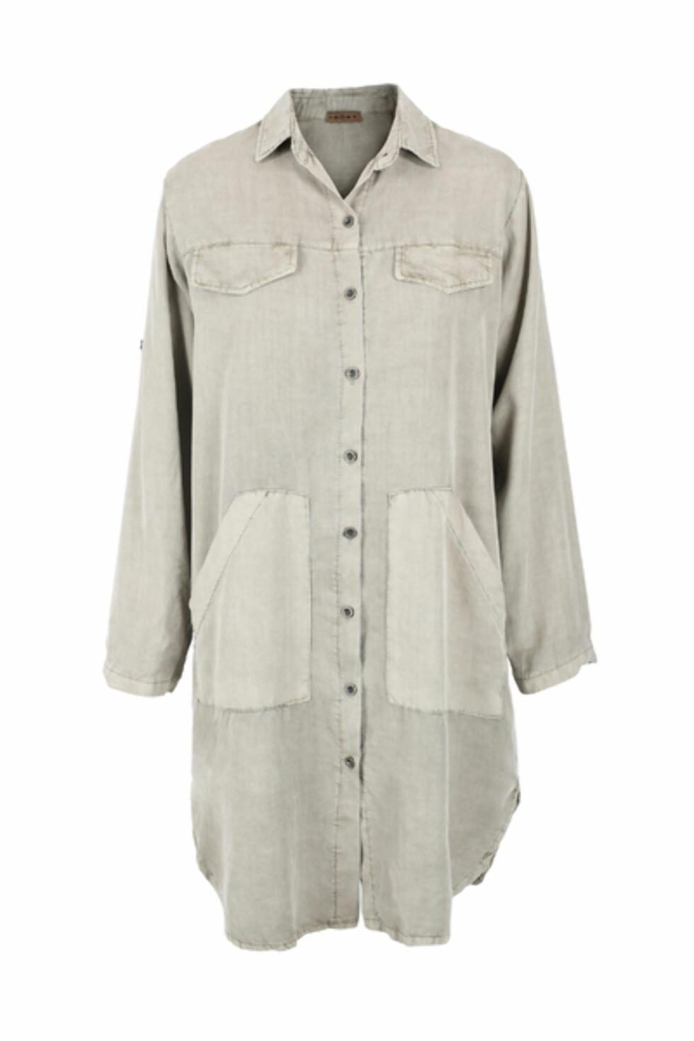 Skjorte fra Cocco Bello Paris via Miinto.no   kr 799   https://www.miinto.no/p-719296-kaki-beige-cocco-bello-paris-kjole