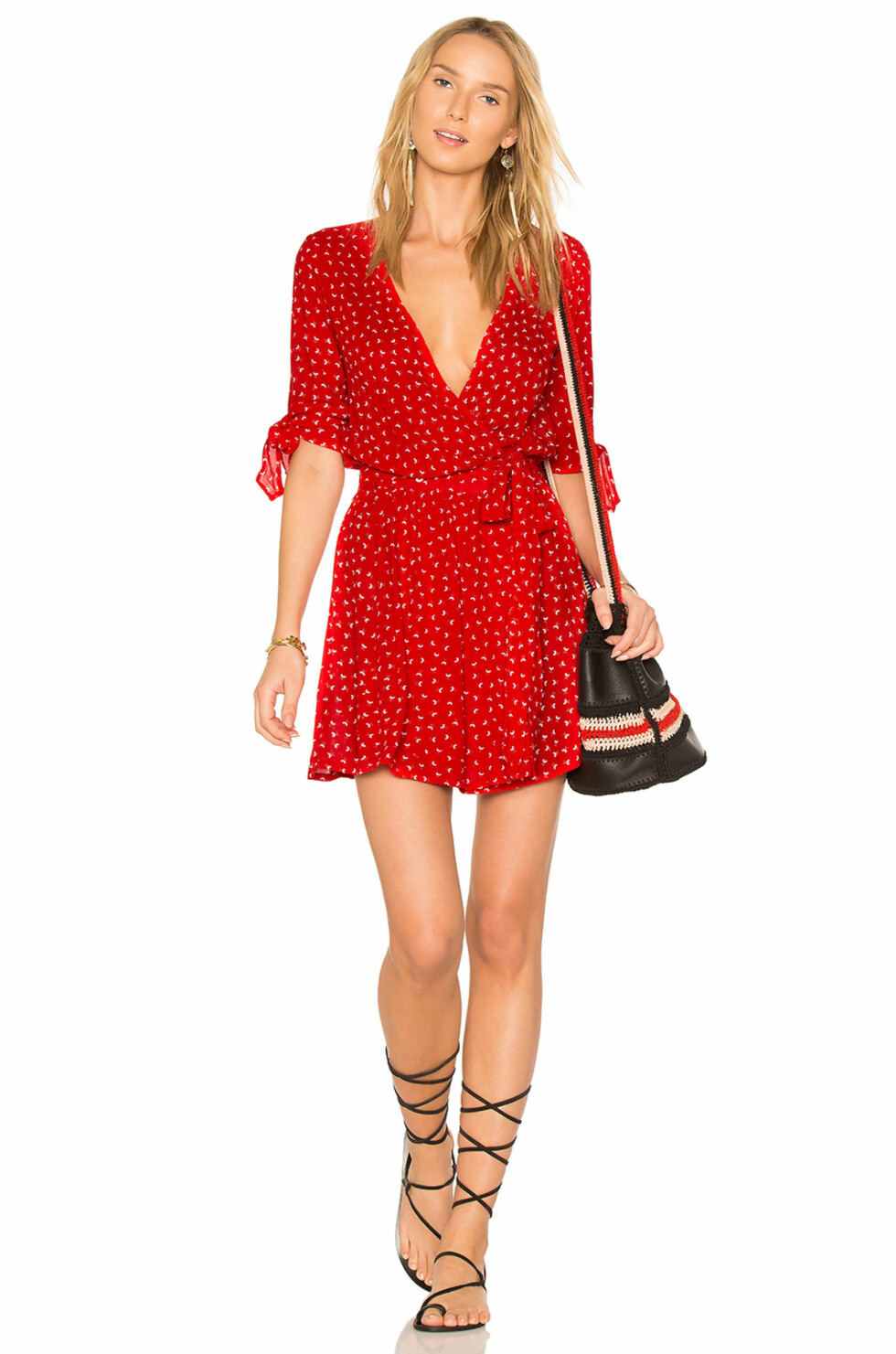 Kjole fra Faithfull The Brand via Revolve.com   kr 1180   http://www.revolve.com/faithfull-the-brand-x-revolve-oslo-dress-in-rosario-red/dp/FAIB-WD106/?d=Womens&d=Womens&page=1&lc=10&itrownum=4&itcurrpage=1&itview=01&plpSrc=/r/Brands.jsp?&s=c&c=Dresses&color%5B%5D=red&color%5B%5D=pink&color%5B%5D=red&sortBy=featured&product=FAIB-WD106&