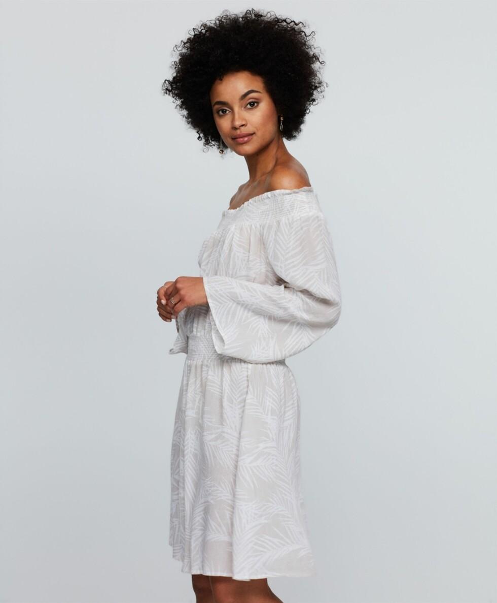 Kjole fra Gina Tricot | kr 299 | http://www.ginatricot.com/cno/no/kolleksjon/se-alle-klar/kjoler/emma-off-shoulder-kjole/prod772761518.html?nosto=productcategory-nosto-1