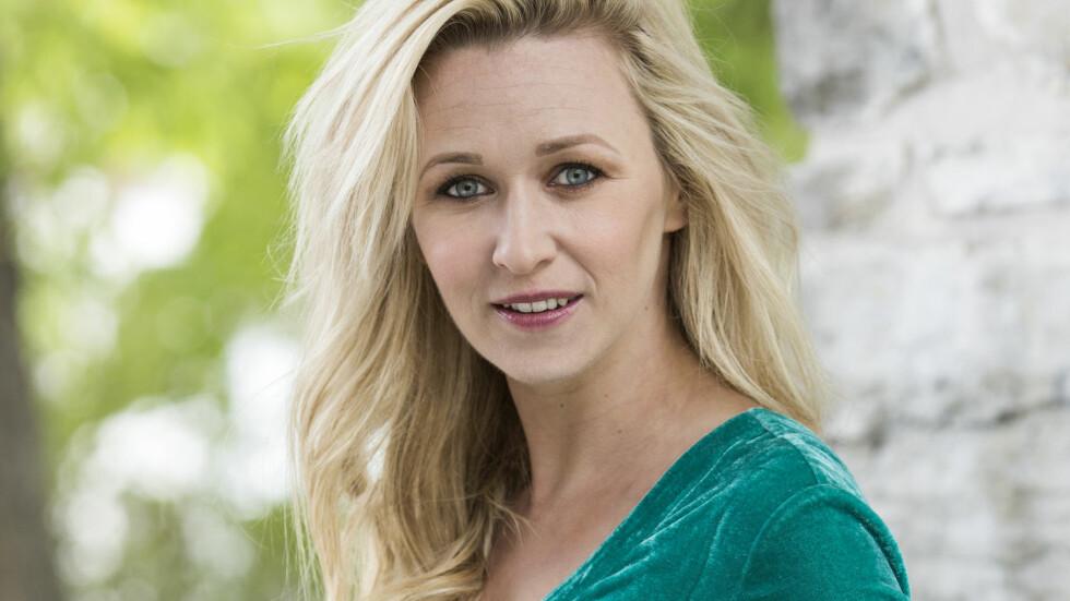 PUBLIKUMSYNDLING: Marie Blokhus er blant annet kjent som Maria i NRKs komiserie «Side om side» og har udødeliggjort kommentaren: «Du kødda ikke med folk fra Tverlandet!» Foto: Astrid Waller