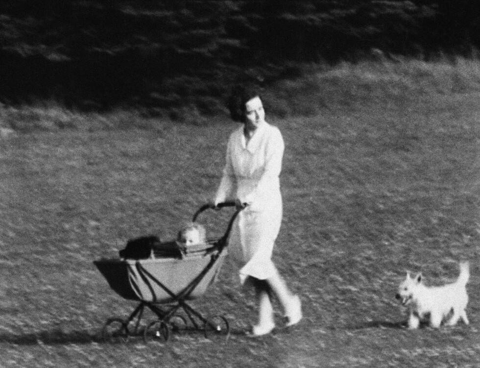 FØRSTEFØDTE SØNN: Lille Charles Augustus Lindbergh jr. ble født 22. juni 1930. Han ble kidnappet 1. mars 1932, og ble funnet død 12. mai samme år. Dette bildet er tatt i august 1931. Foto: NTB Scanpix