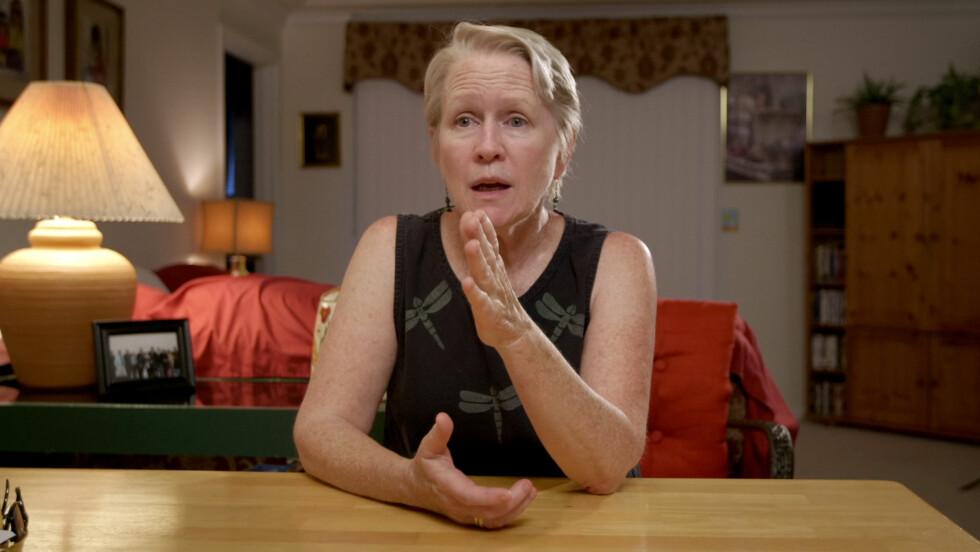 JANE DOE: Offeret Jean Hargadon Wehner, aka Jane Doe, forteller i dokumentarserien om de grufulle opplevelsene hun erfarte da hun gikk på videregående i Baltimore på 60-tallet. Foto: Netflix