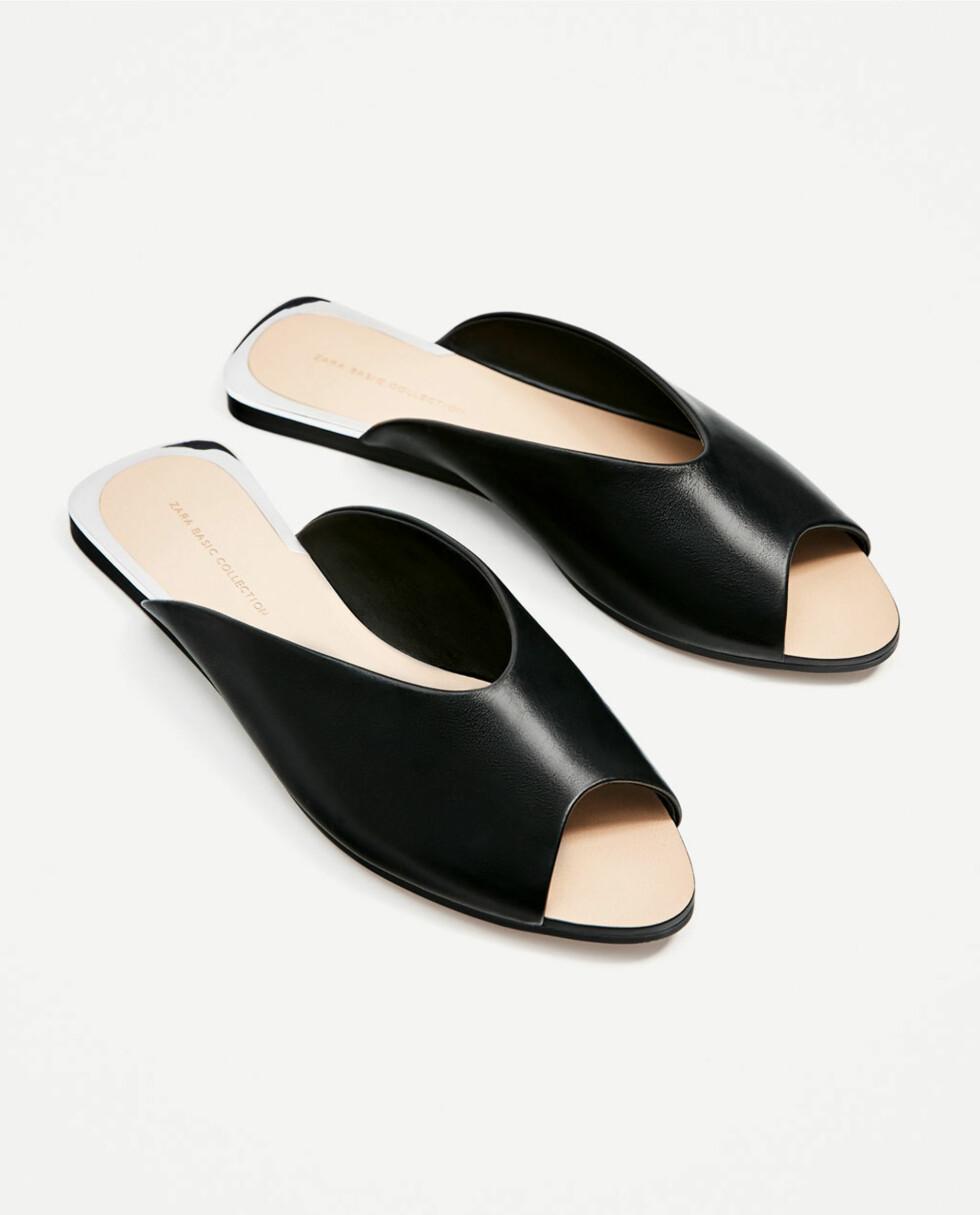 Sandaler fra Zara | kr 299 | https://www.zara.com/no/no/dame/sko/flate-sandaler/skinnsandal-med-v-utringning-c358010p4202026.html