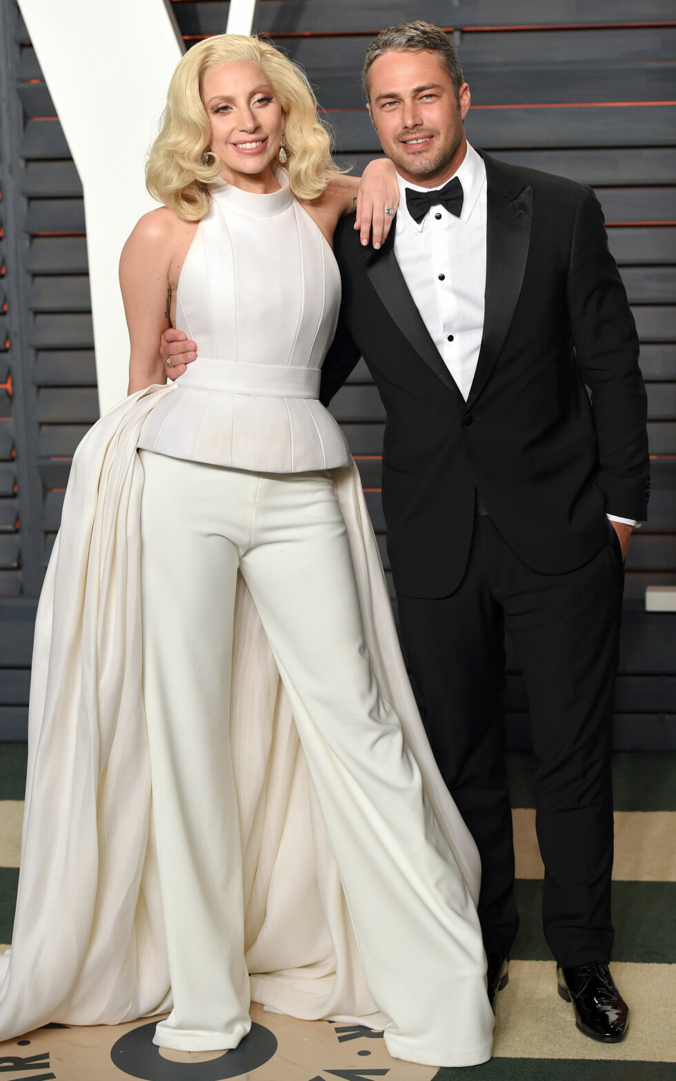 File photo dated 28/02/16 of Lady Gaga and her actor fiance Taylor Kinney who have put their relationship on hold while they deal with the strains of stardom. Foto: Pa Photos