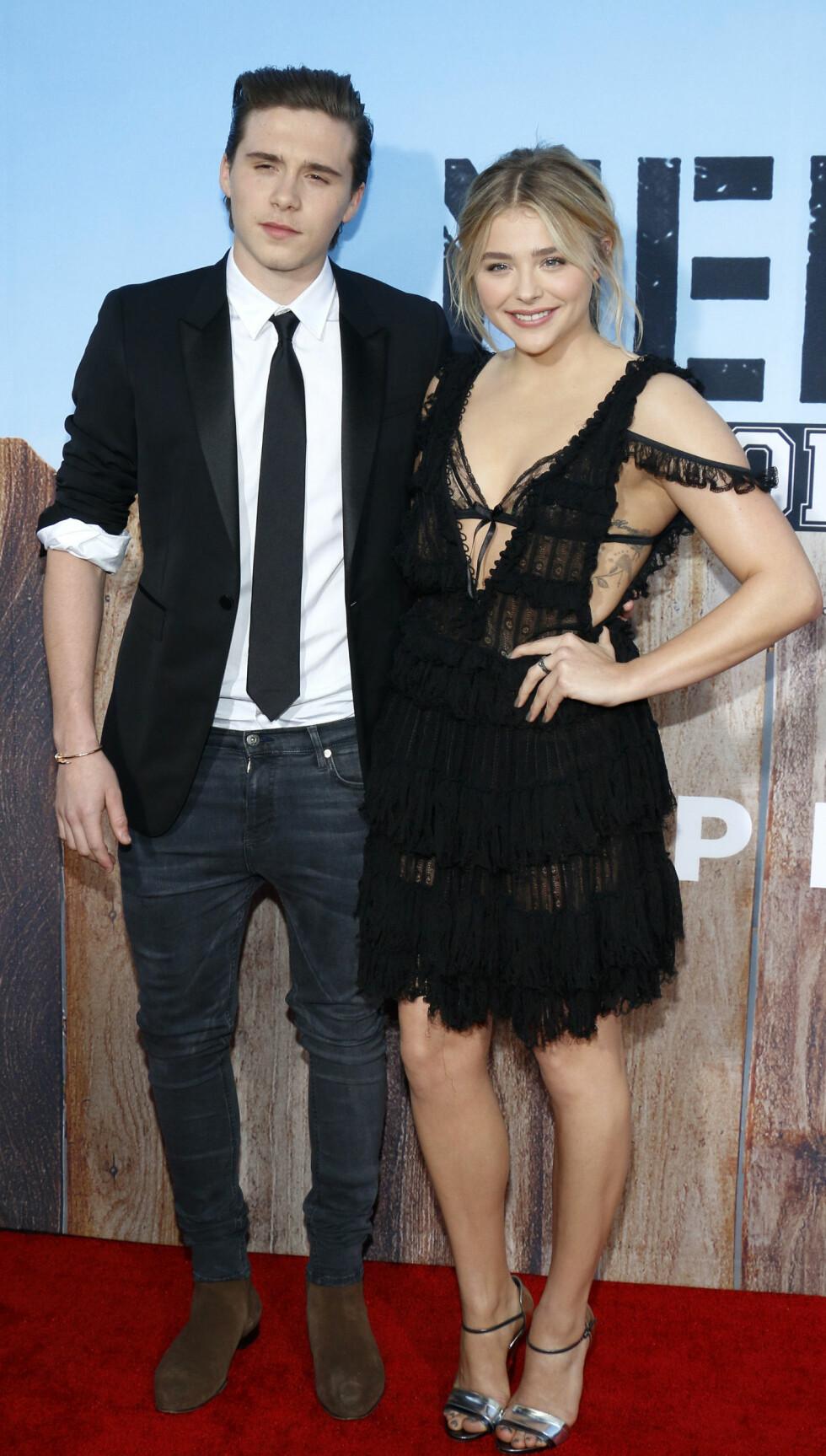 BRUDD: I mai i år bekreftet skuespiller Chloë Grace Moretz og Brooklyn Beckham at de to var et par etter at de hadde datet siden august 2014. Bare fire måneder var romansen over. Foto: NTB Scanpix