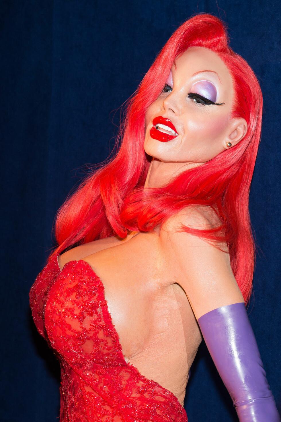 JESSICA RABBIT: Supermodell Heidi Klum var ikke til å kjenne igjen i dette kostymet! Foto: Ap