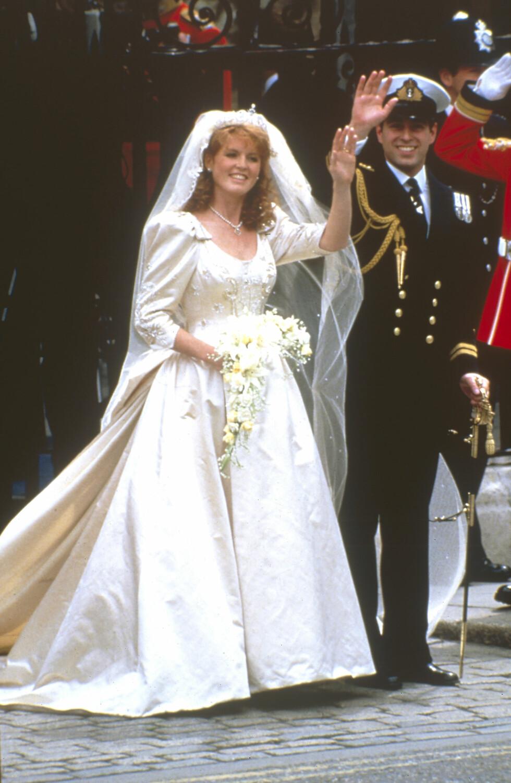 FLOTT PAR: Den 23. juli 1986 giftet prins Andrew seg med Sarah Ferguson i Westminster Abbey. Skilsmissen var et faktum 10 år senere.  Foto: NTB Scanpix