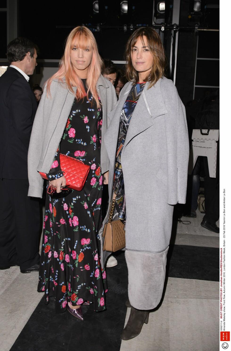 AMBER LE BON: Yasmin Le Bon (venstre) sammen med sin mamma Amber Le Bon. 26-åringen har vært modell for blant annet Moschino og River Island.  Foto: Rex Features