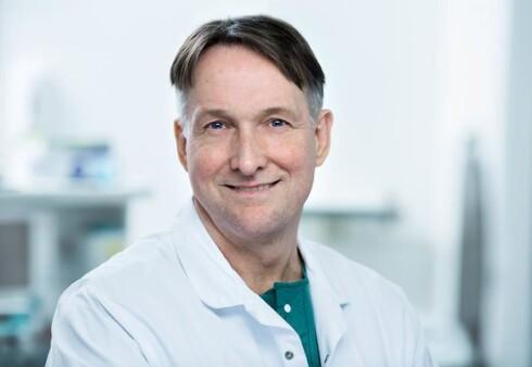 VANLIGERE HOS KVINNER OG OVERVEKTIGE: Dr. Hjörtur Gislason er ledende overvektskirurg og medisinsk ansvarlig for alle slankeoperasjonene i Aleris. Foto: Aleris Helse