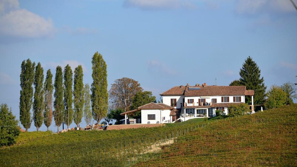 DRØMMEN OM EGEN VINGÅRD: I Piemonte ligger vingården Cascina Collina som Hilde og Stein kjøpte i 2014. Foto: Privat
