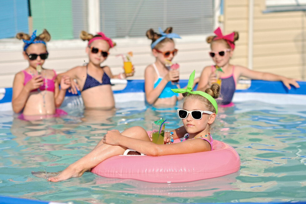 COOL KIDS: Sommertid + venner = Sant! Foto: NTB Scanpix