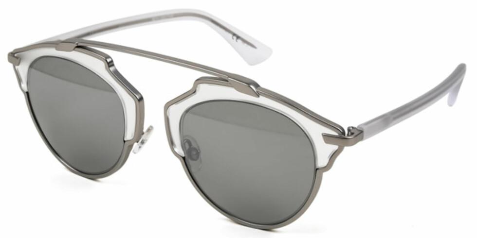 So Real RMR/LR fra | Dior | https://ad.zanox.com/ppc/?43083094C1344291948&ulp=[[https://www.smartbuyglasses.no/designer-sunglasses/Dior/Dior-SO-REAL-RMRLR-333938.html]]