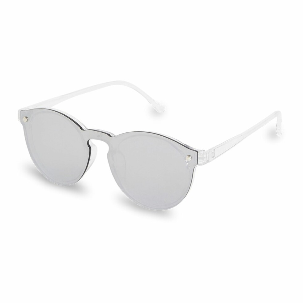 Solbriller fra Lindex   kr 80   https://www.lindex.com/no/dame/accessoirer/solbriller/7589374/Solbriller/
