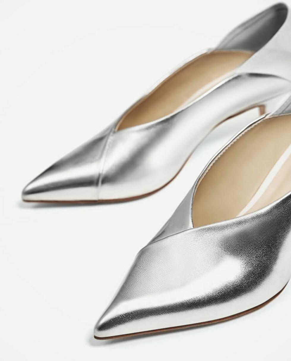 Sko fra Zara | kr 199 | https://www.zara.com/no/no/salg/dame/sko/se-alle/h%C3%B8yh%C3%A6lt-sko-med-v-%C3%A5pning-c731580p4065595.html