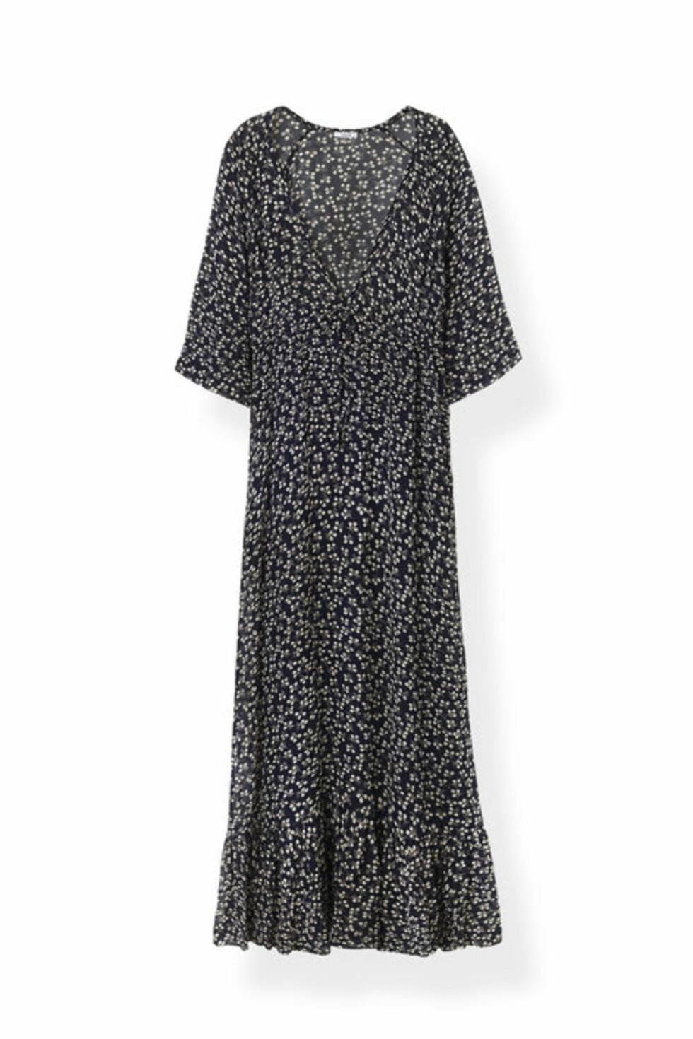 Kjole fra Ganni | kr 1259 | http://www.ganni.com/newman-georgette-maxi-dress/F1660.html?dwvar_F1660_color=Total%20Eclipse