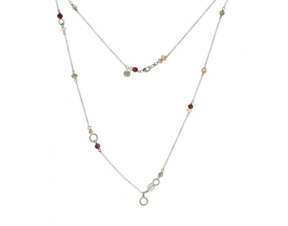 Kjede fra Dulong | kr 3900 | https://dulongfinejewelry.com/dk/smykker/piccolo-halskaede-solv-med-manesten-akvamarin-stjernerubin-koral-labradorit-ferskvandsperle-prehnit-calcedon-granat-amazonit-og-ametyst-5340.html
