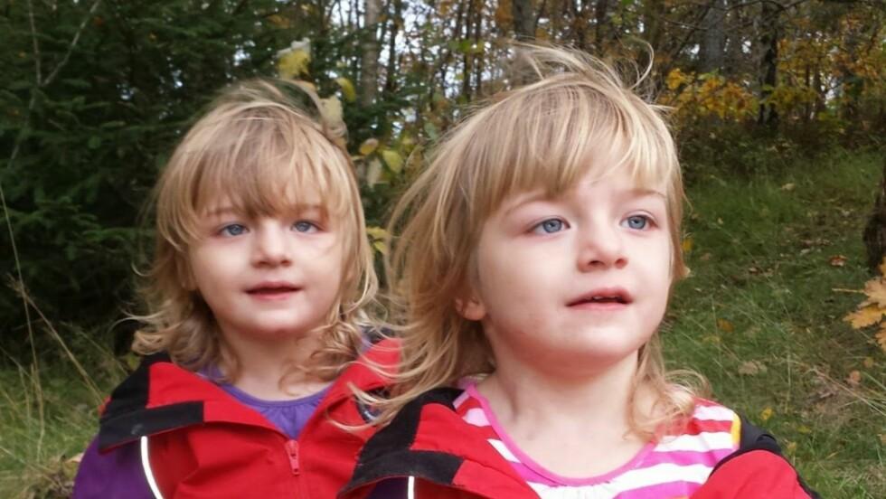 <strong>SJELDEN SYKDOM:</strong> Døtrene til Camilla og Andreas ble født med Dravet syndrom. Begge døde som følge av den grusomme sykdommen.  Foto: Privat