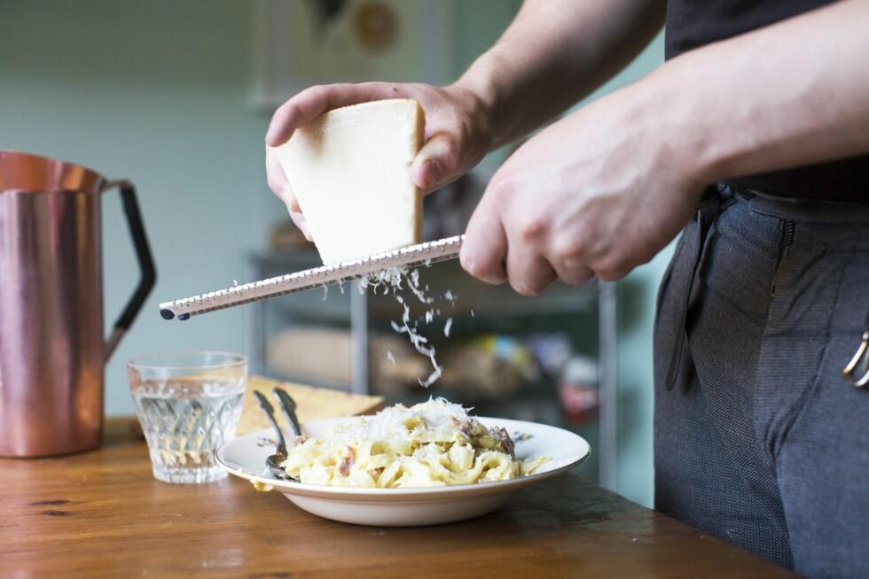 ... ei heller det store partiet parmesan som ligger i kjøleskapet. Foto: Mariell Øyre