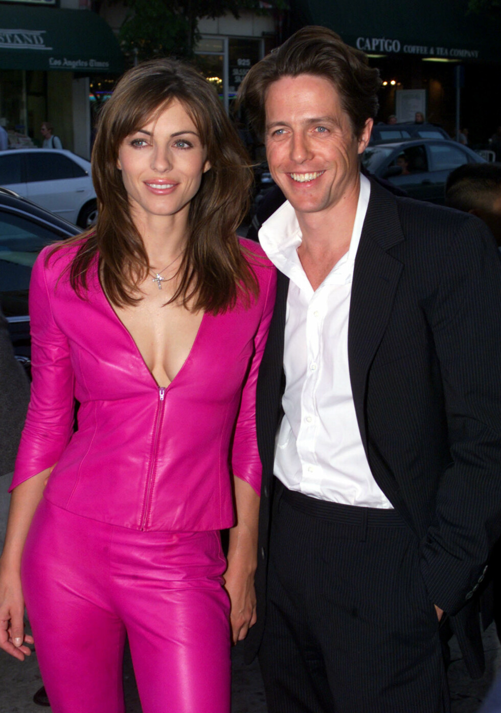 1999: Elizabeth Hurley og Hugh Grant.  Foto: REUTERS
