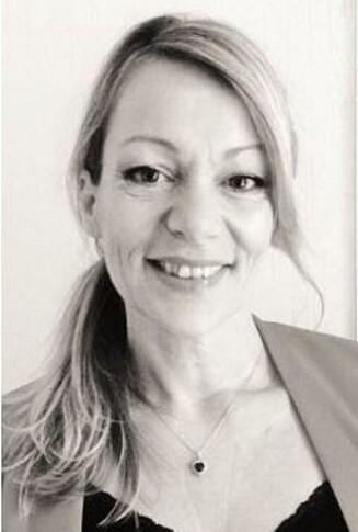EKSPERT: Lise Holm-Glad er leder av Defines friørteam og forteller at slitt hår blir mest misfarget. Foto: Presse