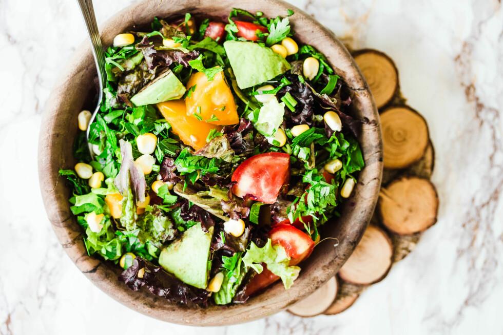 PLANTEBASERT KOSTHOLD: Å spise mer plantebasert mat har ulike helsefremmende virkninger. Noen forebygger kreft, betennelse, åreforkalkning og lignende.  Foto: NTB scanpix