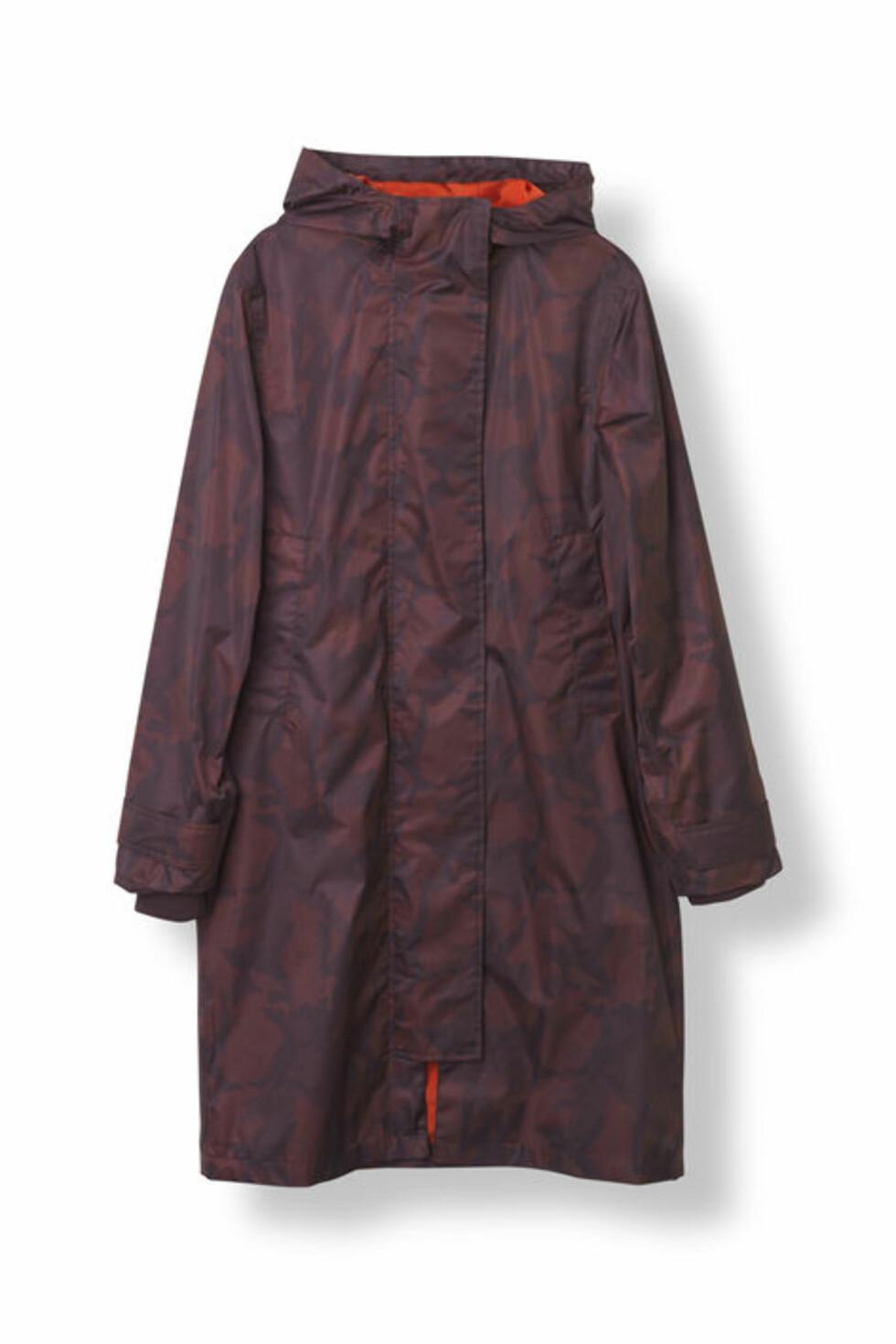 Regnjakke fra Ganni | kr 3499 | http://www.ganni.com/en/vandalia-rain-coat/F1960.html?dwvar_F1960_color=Decadent%20Chocolate