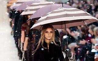 Her er 16 regnjakker som kan erstatte paraplyen din