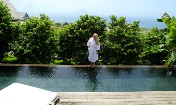 BASSENGLIV OG KORTREIST MAT: Resorten Belle Mont Farm er en opplevelse for livet, mener bloggeren. FOTO: Positivista