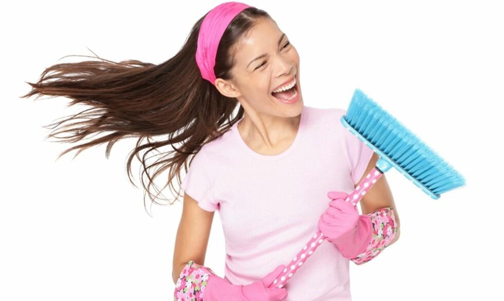 HUSMORTRIM: I alle år har vi hørt at husarbeid er god trim – og med litt ekstra innsats kan det faktisk bli en fullgod treningsøkt.  Foto: NTB-Scanpix